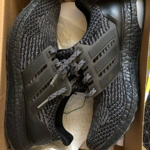 Adidas Ultra Boost 3.0 Triple Black Sz 9